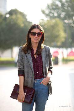 Уличная мода: Неделя моды в Лондоне сезона весна-лето 2016: уличный стиль
