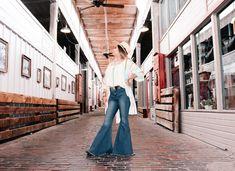 Wide Leg Jeans, Denim Jeans, Flare Jeans, Bell Bottoms, Bell Bottom Jeans, Duster Coat, Women Wear, How To Wear, Jackets