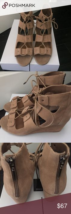 Nwt Dolce Vita Suede Lorena Taupe Suede Sandal Dolce Vita Shoes Sandals