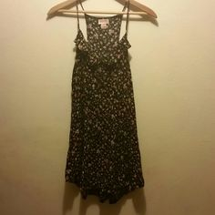 Flower dress XL Mossimo Supply Co. I'm 5'9 I tried modeling it and it was too short   Good condition  Black dress with flower print Mossimo Supply Co. Dresses Mini