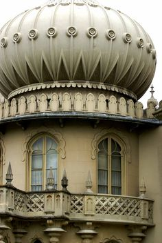 The Royal Pavilion, Brighton. An important site in Regency novels. Indian Architecture, Beautiful Architecture, Architecture Details, Abandoned Houses, Abandoned Places, Abandoned Castles, Abandoned Mansions, Cool Places To Visit, Places To Go
