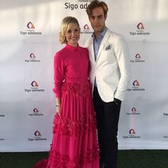 In love with so beautiful in our pink buganvilla dress. Red Carpet, How To Make, Fashion Design, Beautiful, Dresses, Gowns, Dress, Day Dresses, Clothing