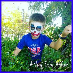 Creepy kid clown