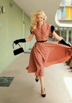 let's have a retro themed something. It's about more than golfing,  boating,  and beaches;  it's about a lifestyle  KW  http://pamelakemper.com/area-fun-blog.html?m