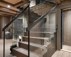 Modern Cabin Interior, Modern Rustic Homes, Loft Room, Cabin Interiors, Indoor Outdoor Living, House In The Woods, Decoration, Wood Homes, Cottage