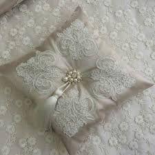 「sachet pillows saten」の画像検索結果