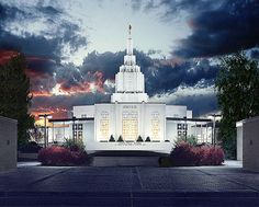 everyone that has a temple marriage in my family had theirs at this temple :]
