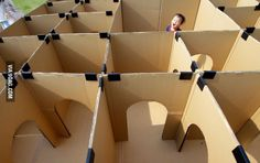 Maze made from cardboard boxes, I love this!
