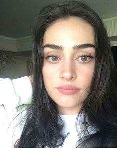 Esra Bilgic, Profile Pictures Instagram, Fake Photo, Turkish Beauty, Stylish Girl Images, Turkish Actors, Girls Image, Bikini Bodies, Japanese Girl