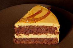 Čokoládovo-ořechový dort s karamelovým krémem