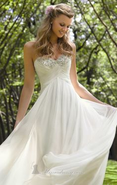 simple wedding gown with a hint of bling - Check out navarragardens.com for info on a beautiful Oregon wedding destination!