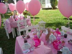 nas festas de meninas o rosa sempre prevalece...