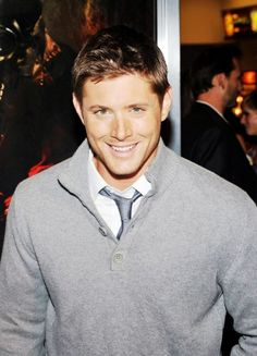 do I really need another picture of Jensen Ackles? Jensen Ackles Supernatural, Sam And Dean Supernatural, Jensen Ackles Family, Jared And Jensen, Winchester Boys, Winchester Brothers, Most Beautiful Man, Gorgeous Men, Jensen Ackels