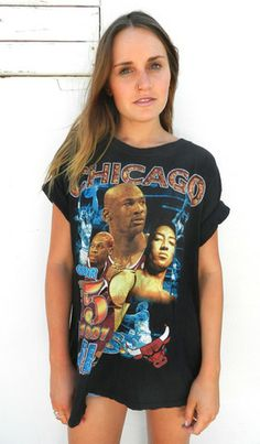 Chicago Bulls T Shirt Vintage Sport, Inspired Outfits, Chicago Bulls, Selling Online, Vintage Fashion, Tees, T Shirt, Inspiration, Women