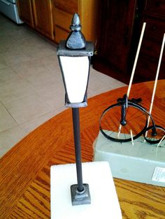"""Lamp post from Carlos Lischetti's """"Animation In Sugar"""" book. Love his tutorials!!!"""