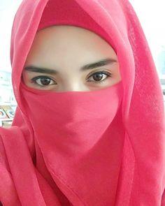Niqab Fashion, Muslim Fashion, Islamic Girl, Face Veil, Cute Eyes, Girl Hijab, Beautiful Hijab, Selfie, Womens Fashion