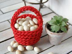 Dollhouse miniature basket crochet basket 1 12 by DewdropMinis Miniature Quilts, Miniature Food, Tiny Food, Dollhouse Accessories, Vintage Dolls, Dollhouse Miniatures, Baskets, Candle Holders, Candles