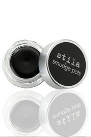 I wouldn't mind having this in my makeup bag ;)