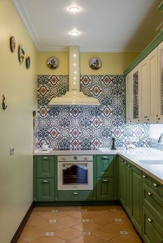 ЖК Kitchen Cabinet Colors, Kitchen Cabinets, Kitchen Design, Kitchen Decor, Green Kitchen, Traditional House, Home Kitchens, New Homes, Interior Design