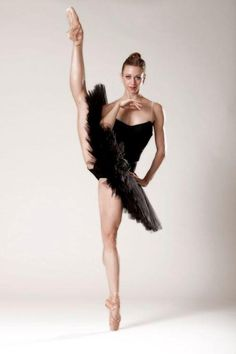 Lesley Rausch, Pacific Northwest Ballet - Photographer Angela Sterling