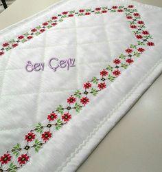 Kanaviçeli Seccade Diy And Crafts, Cross Stitch, Top, Towels, Craft, Punto De Cruz, Dots, Embroidery, Seed Stitch