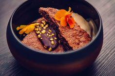 Ravintola Marskin mokkapalat ovat jo käsite Acai Bowl, Breakfast, Food, Hoods, Meals