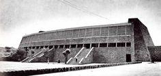 Frontón cerrado, Ciudad Universitaria, México, DF 1952   Arq. Alberto T. Arai  Foto. Guillermo Zamora -  Covered tennis court with spectator stand, University City (UNAM), Mexico City 1952