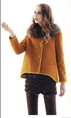 2013 New Winter Women Jacket Detachable Wool Collars Fashion Coat   Free Shipping $1361,78