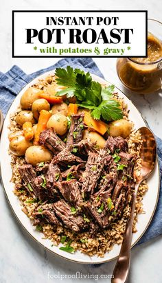 Easy Instant Pot Pot roast and potatoes recipe with gravy makes the perfect family dinner. This juicy and tender pot roast will be your favorite when you want to impress.  #potroast #roast #chuck #beef #dinner #dinnerrecipes #instantpot #onepotrecipes #onepotmeal #foolproofliving Pressure Cooker Pot Roast, Best Pressure Cooker, Pressure Cooker Recipes, Chuck Roast Recipes, Pot Roast Recipes, Healthy Meats, Healthy Meat Recipes, Pot Roast Cooking Time, Roast Gravy