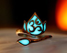 Celtic design ring GLOW in the DARK by Papillon9 on Etsy