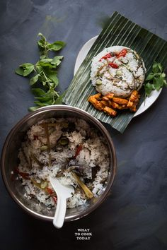 Nasi Liwet Sunda ( Indonesian Aromatic Spiced Coconut Rice)