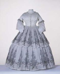 Day dress ca. 1858 From the Centraal Museum 1850s Fashion, Victorian Fashion, Victorian Era, Modest Dresses, Day Dresses, Summer Gowns, Civil War Dress, Period Outfit, Vintage Gowns