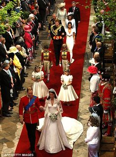 Prince WIlliam and Kate Wedding Plan   Pomp and ceremony: The Obamas missed all the glamour of the big day ...