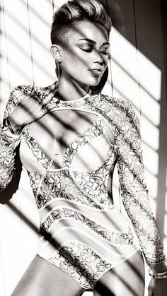 Miley Cyrus, sexy