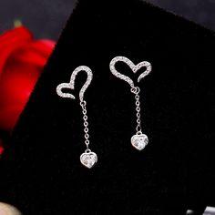 Fancy Earrings, Jewelry Design Earrings, Ear Jewelry, Cute Jewelry, Jewelry Accessories, Stylish Jewelry, Fashion Jewelry, Fashion Earrings, Fancy Watches