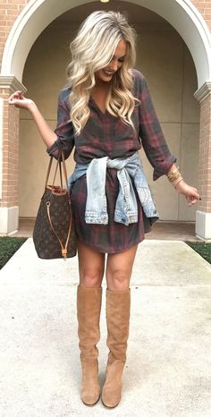 #fall #outfits women's red and black plaid long-sleeve button-up shirt
