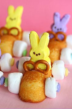 Have the kids help with assembling these simple bunny treats, then it's off to the races! Get the recipe at Living Locurto.