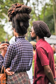 Can't wait till I grow my dreads like that Dreadlock Hairstyles, Cool Hairstyles, Freeform Dreads, Hair Afro, Kinky Hair, Free Form Locs, Fibre Textile, Natural Hair Styles, Long Hair Styles