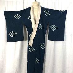 TRADITIONAL Authentic KIMONO - STRIKING - Japanese Import - Womens Top  FREE P&P