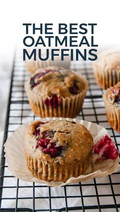 Recipes Snacks Muffins The best oatmeal muffins are s. Recipes Snacks Muffins The best oatmeal muffins are super moist and yumm Raspberry Oatmeal Muffins, Muffins Blueberry, Raspberry Breakfast, Oatmeal With Fruit, Best Oatmeal, Oatmeal Breakfast Muffins, Mixed Berry Muffins, Oatmeal Cupcakes, Cranberry Orange Muffins