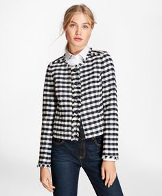 Gingham Boucle Jacket, Black and White Plaid Comfy Fall Outfits, Early Fall Outfits, Cute Summer Outfits, Summer Clothes, Winter Outfits, Boucle Jacket, Plaid Jacket, Casual Sweaters, Casual T Shirts
