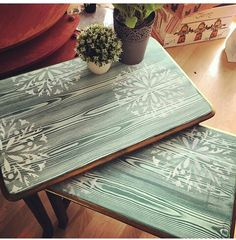 Wooden Painting Coffee Table Models - How to Make Wooden Coffee Table? Art Furniture, Diy Furniture Redo, Decoupage Furniture, Refurbished Furniture, Upcycled Furniture, Furniture Projects, Painted Furniture, Wooden Painting, Painted Coffee Tables
