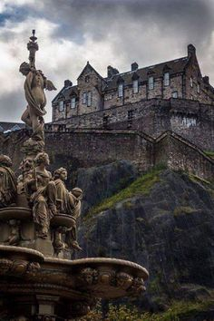 Edinburgh Castle, Scotland - Michal Pavlikovský - Google+