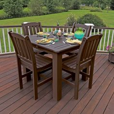 Kick Off Your Shoes And Enjoy A Relaxing Meal With Friends Or Family This Dining
