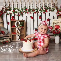I am falling in love with all these strawberry sessions. . She love love loved her cake! Happy Birthday sweet princess! **To schedule a session, please go to www.kartocinphotography.com  *special thanks to The Cake Boutique for the adorable cake!  #strawberry #southjerseyphotographer #cutiepie #smile #photoshoot