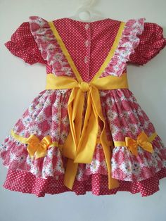 Baby Girl Dresses, Baby Dress, A Day In Life, Little Sisters, Kids Wear, Frocks, Cool Outfits, Summer Dresses, Floral