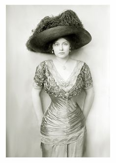 longlostlullabies:  Grace la Rue, 1910s..l