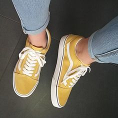 Shop Women's Vans Yellow White size Sneakers at a discounted price at Poshmark. Description: Yellow and super super cute:)). Sock Shoes, Cute Shoes, Me Too Shoes, Yellow Vans, Yellow Shoes, Vans Sneakers, Vans Shoes, Adidas Shoes, Converse