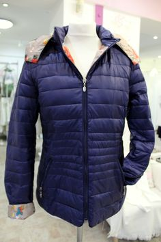 Flowery dark blue coat Blue Coats, Sweater Jacket, Dark Blue, Winter Jackets, Sweaters, Fashion, Bebe, Winter Coats, Moda