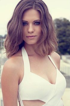 """Lyndsy Marie Fonseca (born January 7, 1987) is an American actress. She is best known for portraying Colleen Carlton on the CBS soap opera The Young and the Restless and Alexandra """"Alex"""" Udinov on The CW show Nikita"""